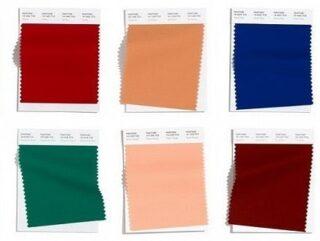 Основная палитра модных цветов Пантон осень-зима 2020-2021: 👉Amberglow - янтарно-оранжевый 👉Samba - приглушённо красный 👉Sandstone - песочный 👉Classic Blue - классический синий 👉Green Sheen - желто-лаймовый 👉Rose Tan - припыленно-розовый 👉Ultramarine Green - ультрамариновый зеленый 👉Fired Brick - красно-коричневый 👉Peach Nougat - нюдово-розовый 👉Magenta Purple - пурпурно-фиолетовый В основную палитру вошли 10 оттенков и еще 4 – в мини-палитру базовых цветов.